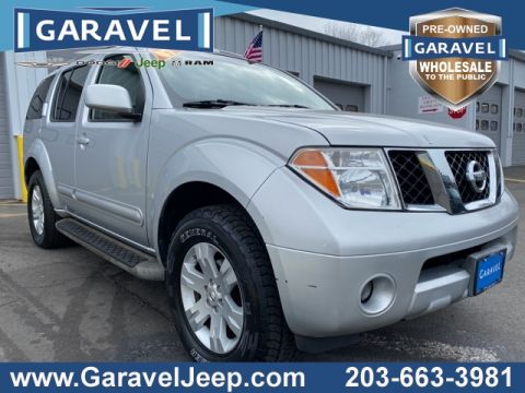 Pre-Owned 2007 Nissan Pathfinder LE